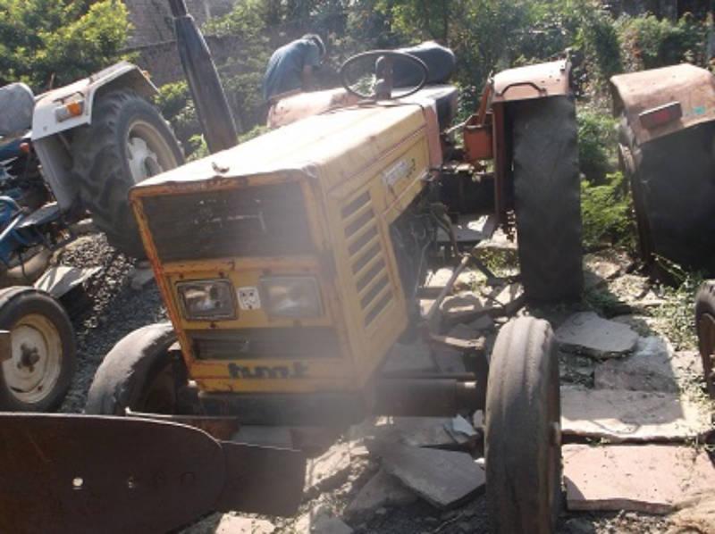 Buy used : HM-3522 Tractor online in Shajapur, MADHYA PRADESH